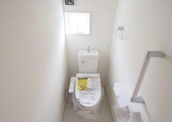 2F トイレ